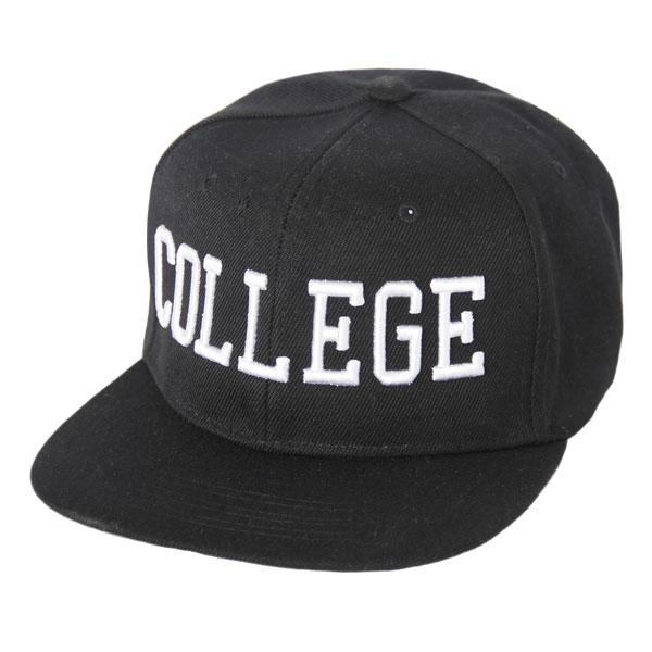 College Snapback Black